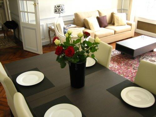 Dining Room - Beautiful Apt. in the Heart of Paris - 7th Arrondissement Palais-Bourbon - rentals