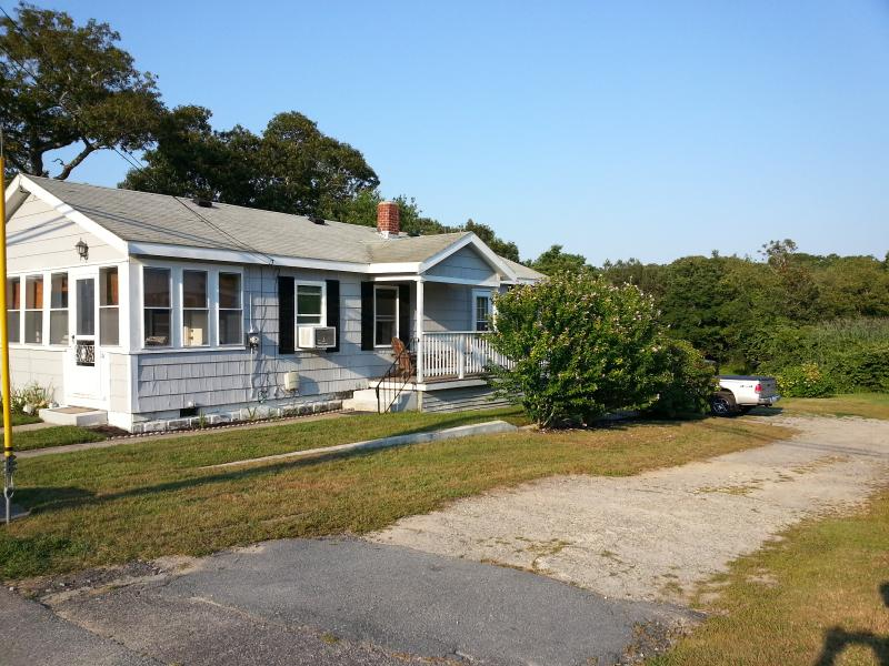 Walk to Multiple Beaches and Downtown - Image 1 - Wareham - rentals