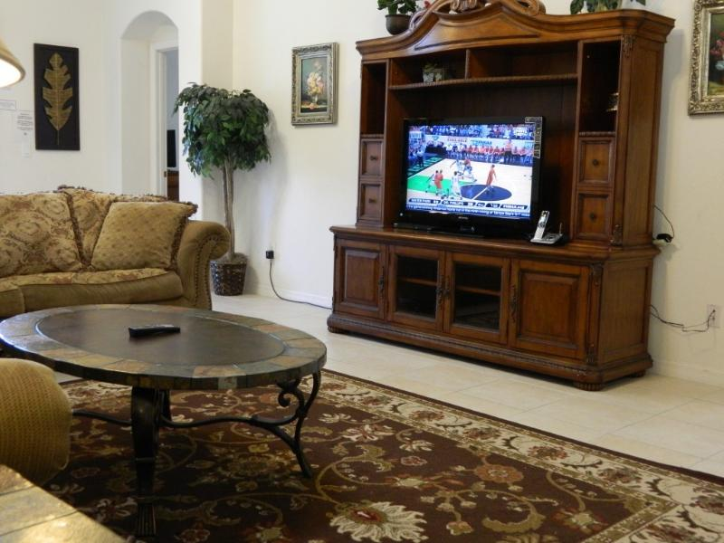 """Brand New 40"""" LCD TV - 2017's Promotion starts, good time for reservation - Four Corners - rentals"""