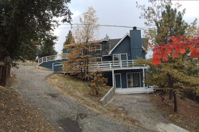 FRONT VIEW - GORGEOUS CABIN - Lake Arrowhead - rentals