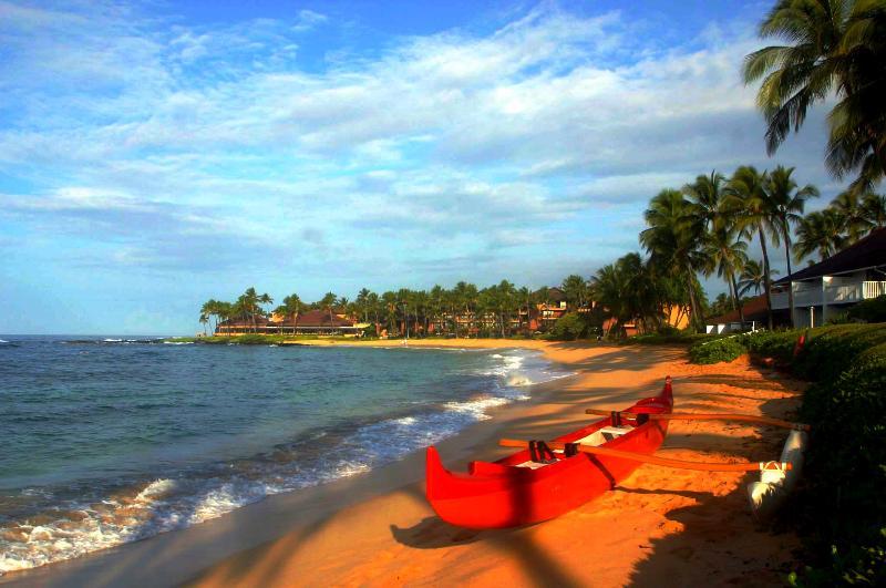 Canoe on Poipu Beach - Polynesian-style villas now 15% off Nov/Dec'16!!! - Koloa - rentals