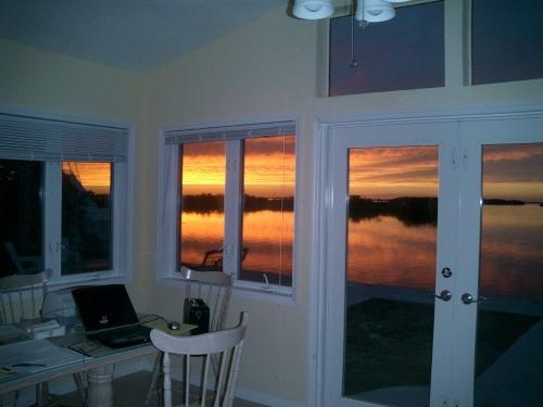 Evening View- Great Sunsets Nightly ! - Open Water with Sunsets, Great Boating and Fishing - Big Pine Key - rentals
