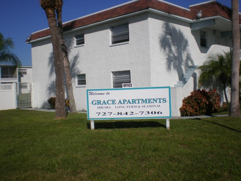 Grace Resort/Apartments - 2 BR - quiet, affordable - Image 1 - New Port Richey - rentals