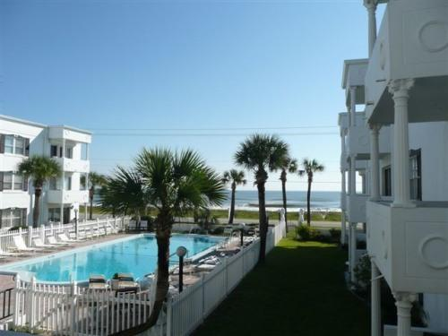 2 BR, 2 Bath, Fabulous Ocean/Pool View Condo - Image 1 - Ormond Beach - rentals