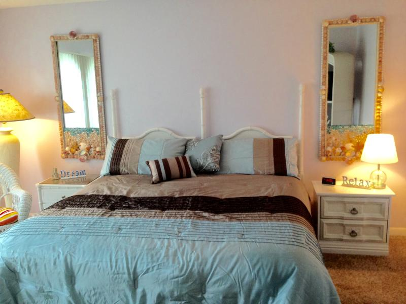 Master Bedroom with King bed - Beach Bliss, Spacious, Comfortable and Affordable! - Navarre - rentals
