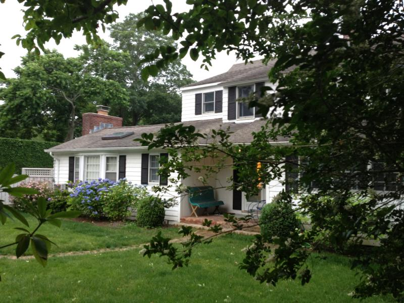 Front - Romantic VILLAGE 4 BR Cottage w/POOL-East Hampton - East Hampton - rentals