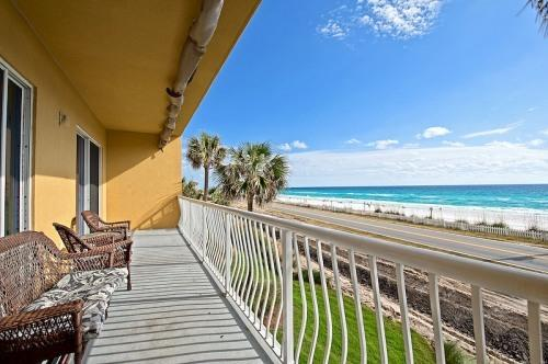 Balcony - Love Shack Condo - Miramar Beach - rentals