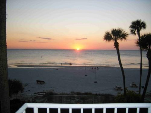 Sunset, gulf & beach views from condo! - Luxury Beach Front Sand Castle I #301 3 Br Condo - Indian Shores - rentals