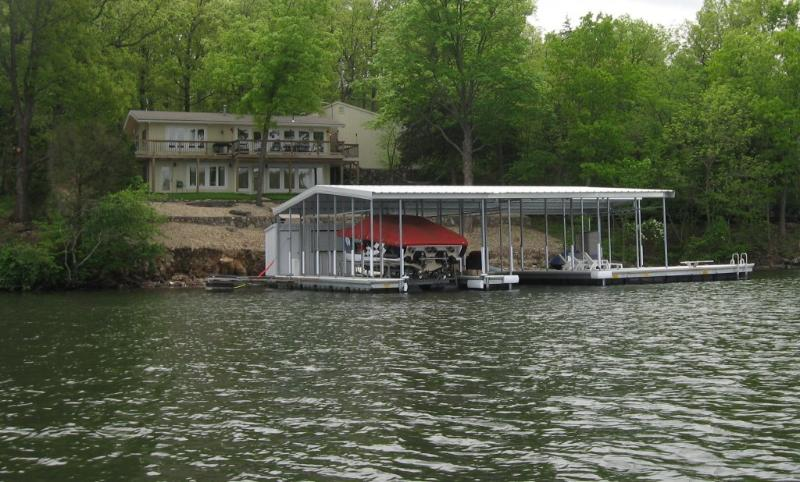 Enjoy your own private dock! - Reserve Now for your Summer Vacation - Gravois Mills - rentals