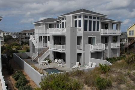 Paradise Found Oceanside - Oceanfront 8-BDRM/Bath, Pool/Hot Tub, Sleeps 20 - Corolla - rentals