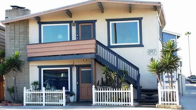 View of the Beach House - Lrg 2 bdrm. 100 yrds to sand. Sleeps 8-10 - Newport Beach - rentals