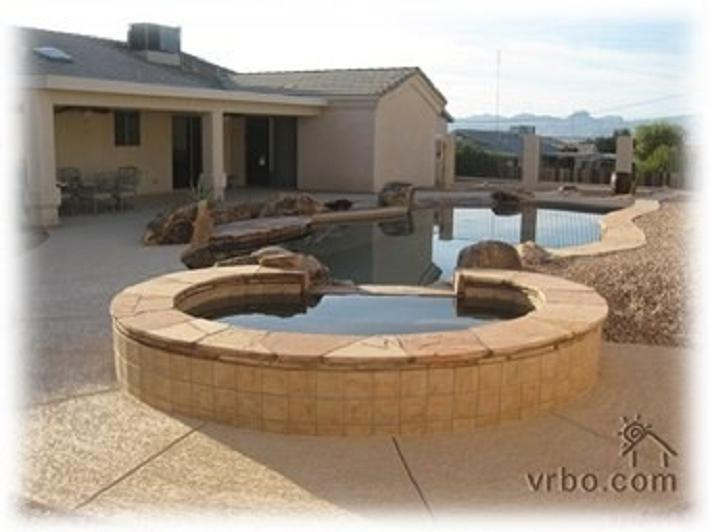 Beautiful Newer Home with Beach Entry Pool/Bar - Image 1 - Lake Havasu City - rentals