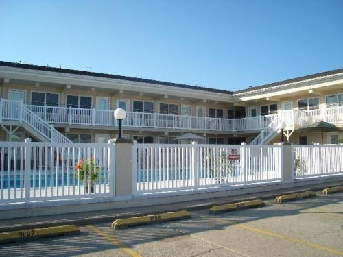Exterior - Main Building - JUST STEPS TO THE BEACH & BOARDWALK! - North Wildwood - rentals