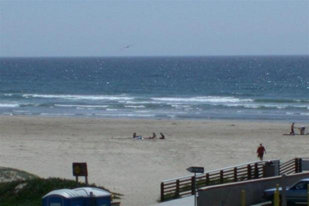 Ocean Views, Steps to Beach, New Pismo Condo - Image 1 - Pismo Beach - rentals