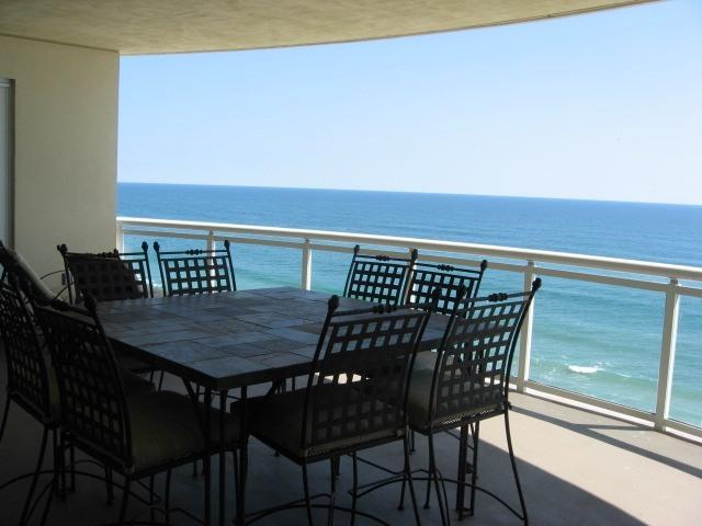 Oceanfront Balcony - 3 Bedroom Luxury Penthouse in Ocean Vistas - Daytona Beach - rentals