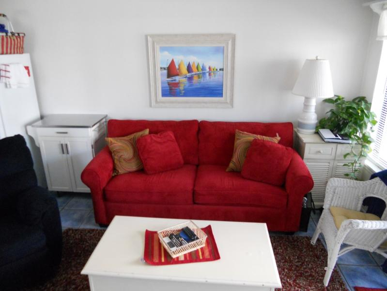 Relax, you are on vacation. - Book before Jan. 31 and get the 2016 rates. - Tybee Island - rentals