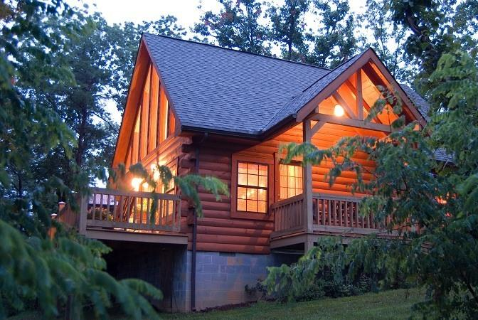 Amazing cabin with Bluff views! - Lil' Bear Log Cabin with Breath-taking Bluff View! - Monteagle - rentals