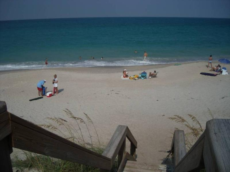 Your private entrance to the beach. - Ocean to River Comm-Island Style- Central Florida - Melbourne Beach - rentals