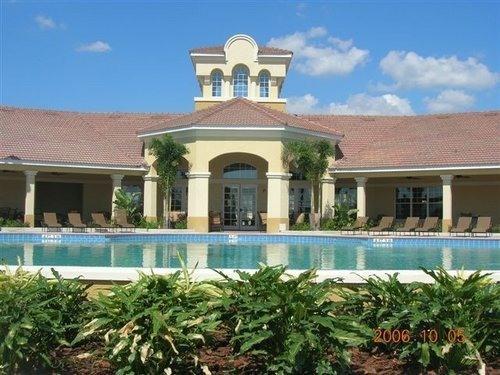 Pool - Gorgeous! - 3BRM 2BA Vista Cay Condo - Orlando - rentals