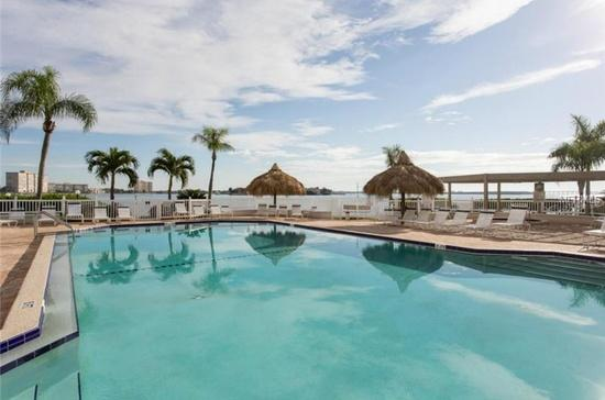 Relax in the Sun at the Pool & Hot Tub Gorgeous Open Water Views from Condo&pool - LUXURY WATERFRONT CONDO ON ISLA DEL SOL/St.Pete's - Tierra Verde - rentals