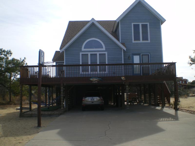 Well equipted and beautiful beach house - Image 1 - Nags Head - rentals