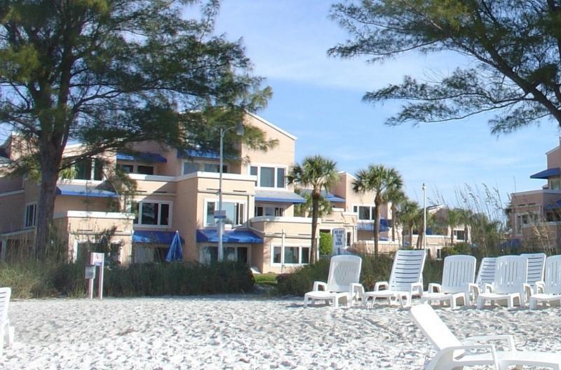 Resort and beach - MAY 2017 SPECIAL - Beachfront resort w/pool + tennis - discounts! - Longboat Key - rentals