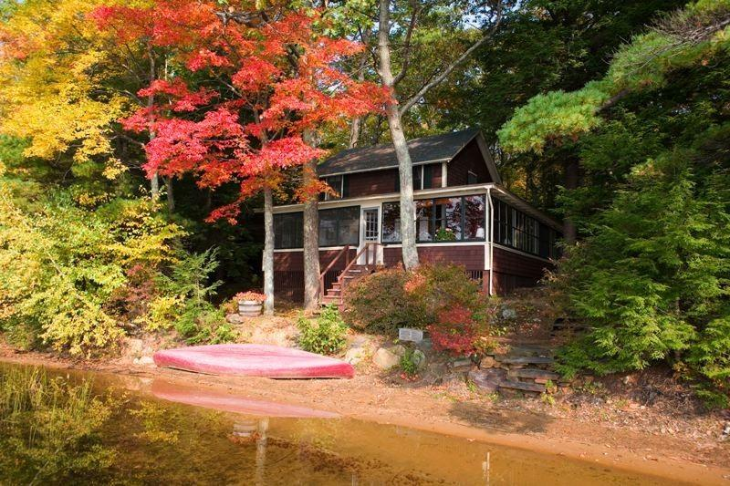 cottage exterior - lakeside cottage in quiet setting on lovely lake - Northwood - rentals