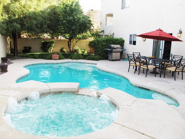 Peaceful Home with Private Pool near  Vegas strip. - Image 1 - Las Vegas - rentals