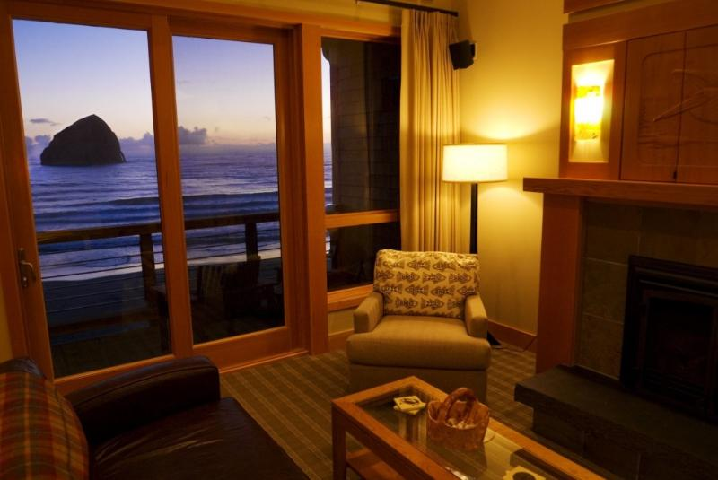Living room with a gorgeous oceanfront view - Luxury, ocean-front, pets okay, grill, wifi, bikes - Pacific City - rentals