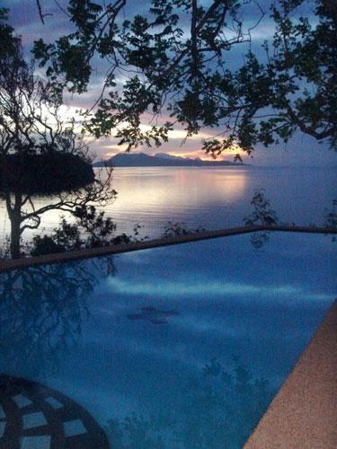 daybreak at the pool of Kasbah Remo Villa - Puerto Galera PUNTA DEL ESTE - Puerto Galera - rentals