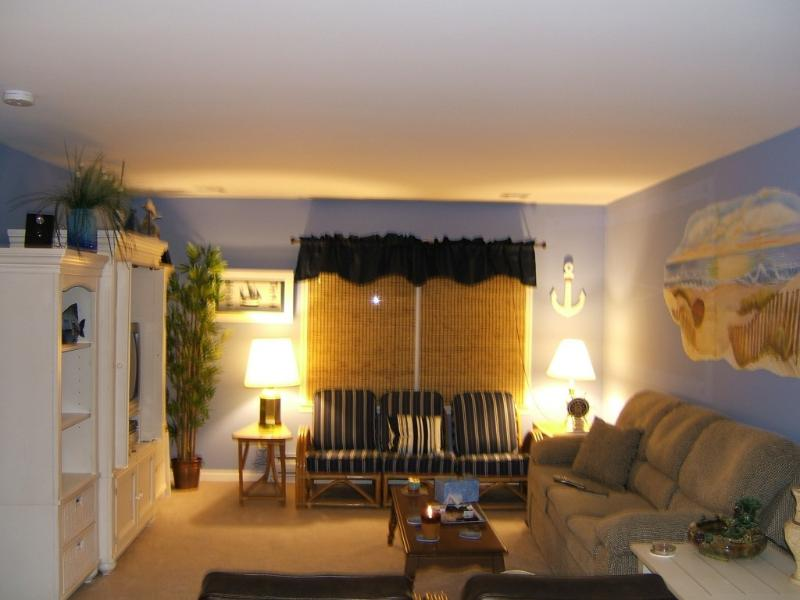 Large Living Room - Magnificent Large 2 Bedroom Condo Clean and Bright - Seaside Heights - rentals