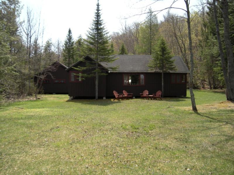 Adirondack lakeside camp - 300 ft lake frontage - Image 1 - Caroga Lake - rentals