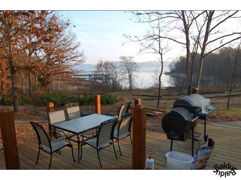 On Table Rock Lake shorefront - BALDUR, Lakefront, Near BRANSON on Lake-QuietCove - Branson - rentals