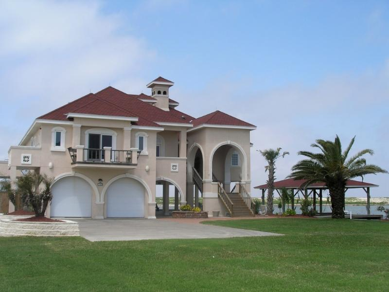 "Front of home - ""Crystal Beach Villa"" - Crystal Beach - rentals"