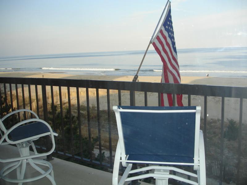 Direct Ocean Front Balcony - Direct Ocean front 3 Bedroom Braemar - Ocean City - rentals