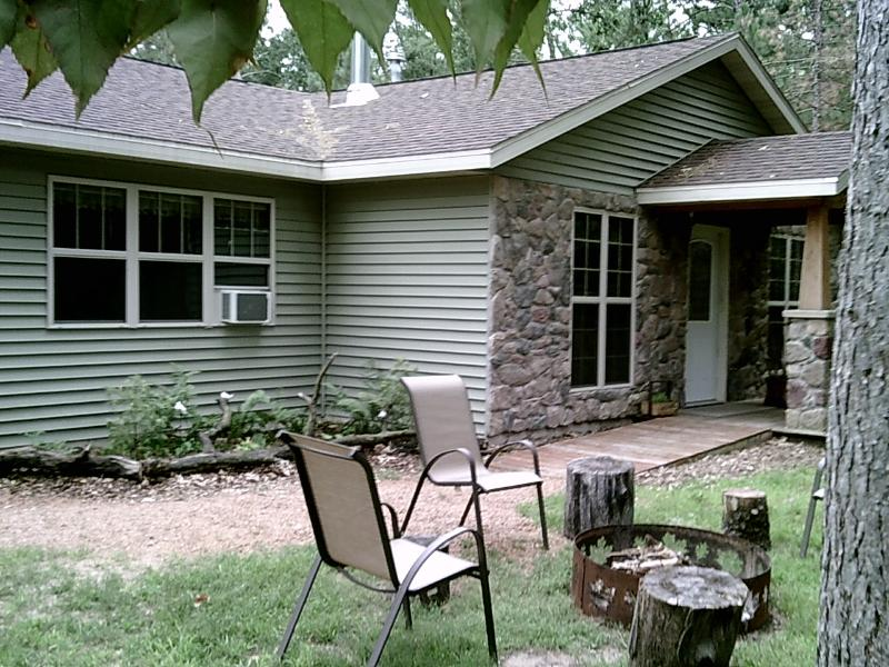 FRONT OF COTTAGE with child and wheelchair friendly ramps - Carl's Cabins /The Greenbush Retreat/Friendship WI - Friendship - rentals