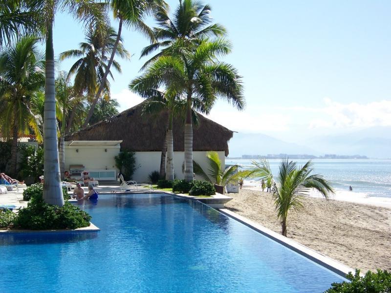 Poolside - Beachfront Condo - Amazing location! - Bucerias - rentals