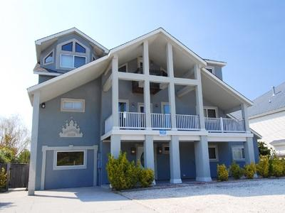 Palacious: beach cottage, water view! - Image 1 - Virginia Beach - rentals