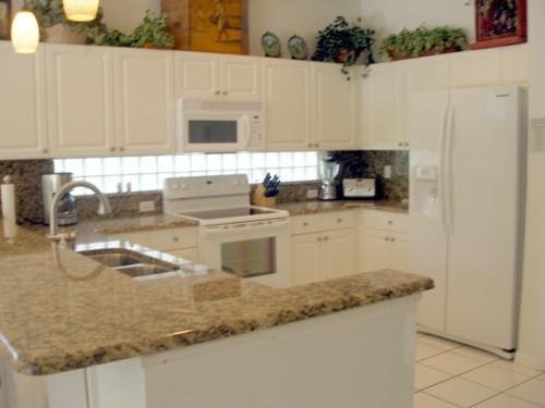 Kitchen - Sunset Vista Court - Four Corners - rentals