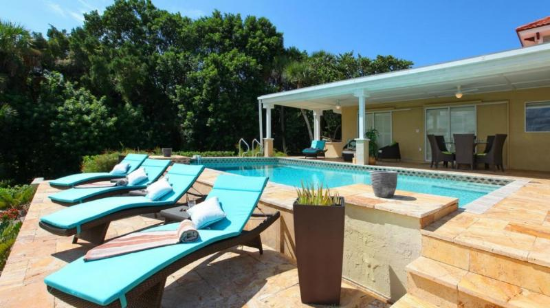 Private Heated Swimming Pool Overlooking Bay - Beautiful Bay Front Villa with Private Pool! - Nokomis - rentals