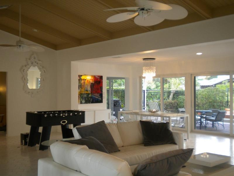 Grand Room Chic - Modern Home On Golf with Pool - Fort Lauderdale - rentals