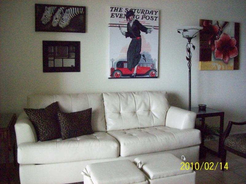 "Leather sleeper sofa w/beautiful gulf views - MARCH WEEKS AVAILABLE  ""Free Beach Chairs"" - Panama City - rentals"