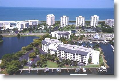 the pond to the left is not there anymore - Santa Maria Resort Condo - Treasure of Fort Myers - Fort Myers Beach - rentals