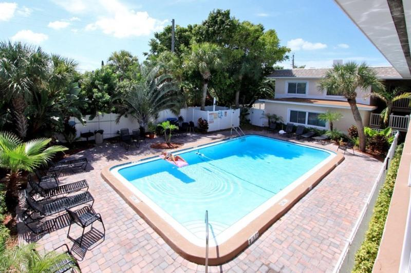 Pool - Best rates on the beach.  Book Now special rates - Saint Pete Beach - rentals