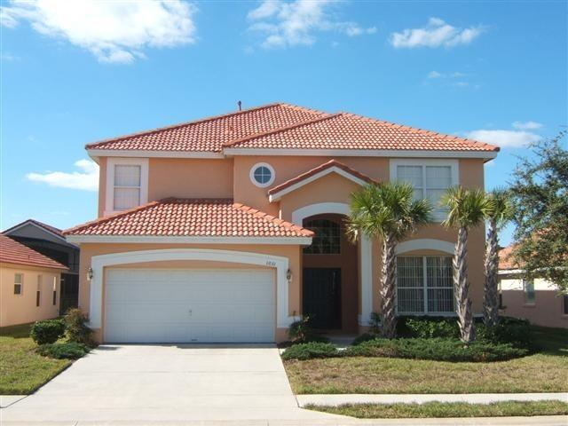 House front - Luxury Villa 6BD/5.5BA Pool/Spa Minutes to Disney - Kissimmee - rentals