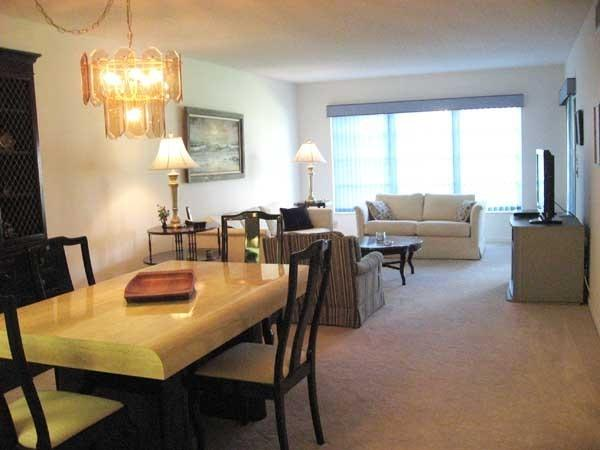 Livingroom and Diningroom - 2bd/2bath- PALM GREENS CONDO RENTAL - DELRAY BEACH - Delray Beach - rentals