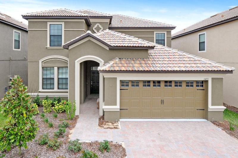 New 6 Bed Private Pool&Spa Disney Villa 1423THBD - Image 1 - Davenport - rentals