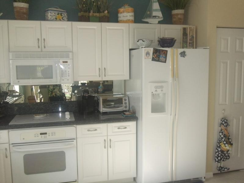 Full size refrigerator and pantry - Beautiful private single family home in Bellagio - Lake Worth - rentals