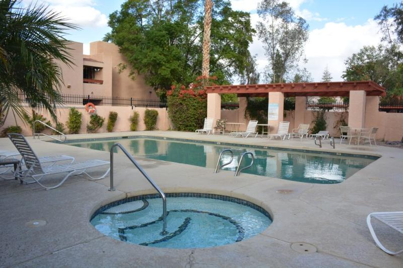 Affordable 2BR Phoenix North--Near shopping mall - Image 1 - Phoenix - rentals