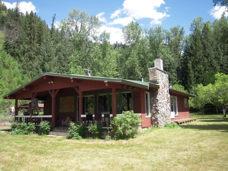 Cottage - St. Joe River, ID, Great ID Panhandle Rec Property - Calder - rentals